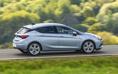 Opel Astra com transmissão eficiente de variação contínua