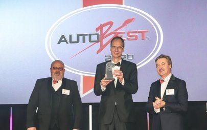 Prémios AUTOBEST entregues ao Opel Corsa e ao CEO da Opel Michael Lohscheller