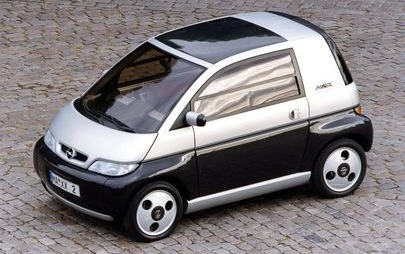 O primeiro motor 'três em linha' da Opel estreou-se há 25 anos no MAXX